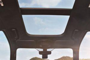 cửa số trời xe ford everest 2017