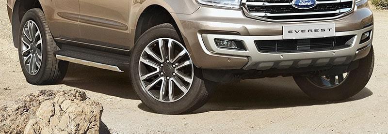 Cảnh bảo áp xuất lốp của xe Ford Everest 2019