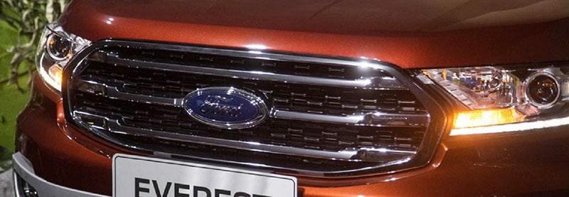 Đèn chiếu sáng trên xe Ford Everest 2019