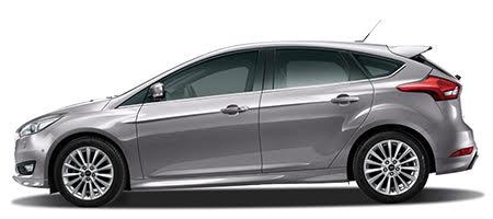 Ford Focus phiên bản màu bạc ánh kim