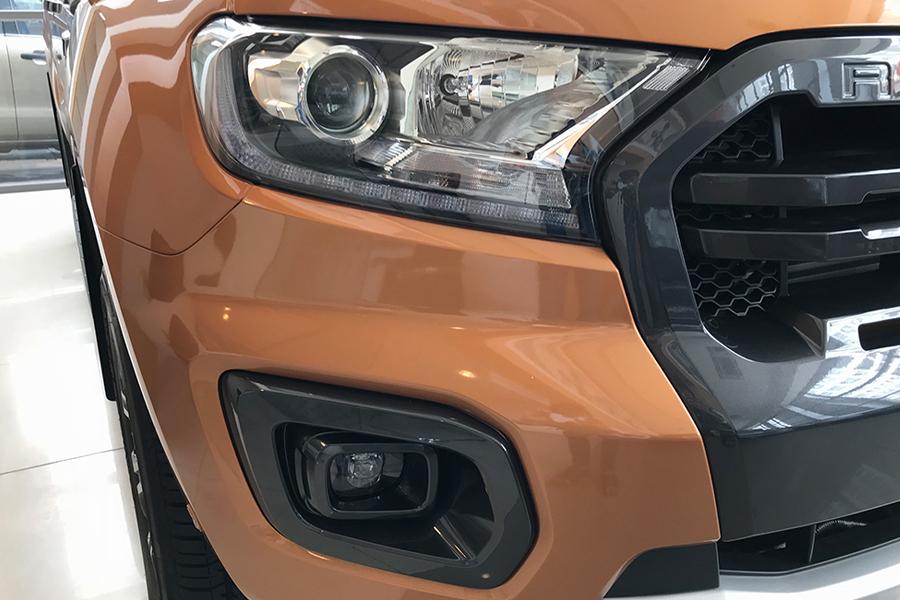Ngoại thất Ford Ranger XLS 2.2L 4X2 MT - Hình 1
