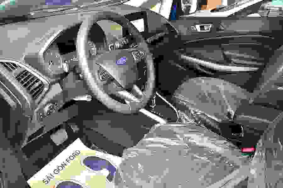 Ghế lái điều chỉnh 4 hướng