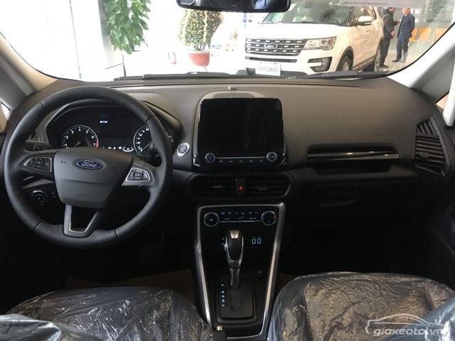 noi-that-khoang-lai-xe-ford-ecosport