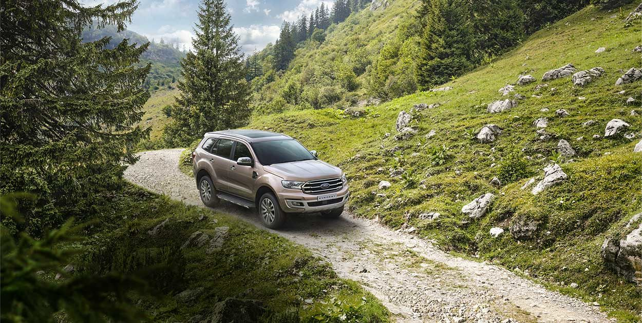 xe-ford-everest-2019-4