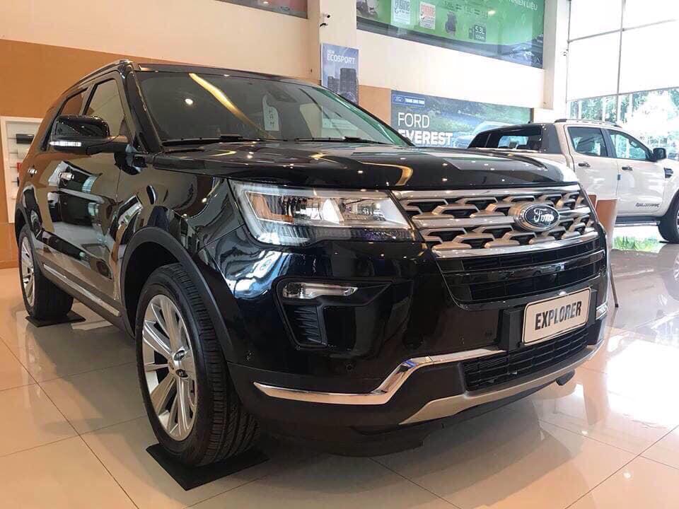 Ford Explorer-den