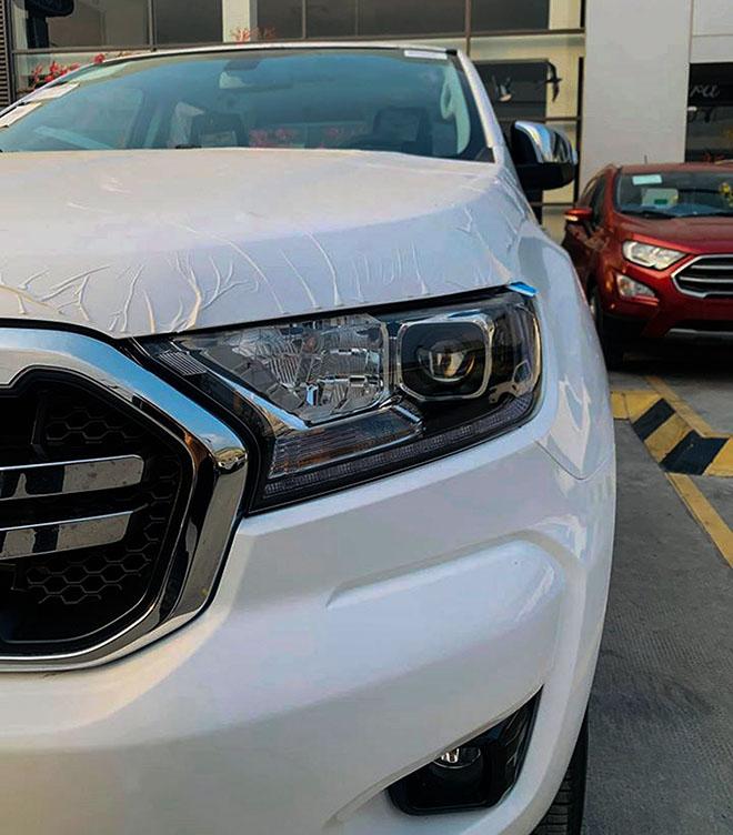 Ford-Ranger-limited-2020-trang-dau-xe