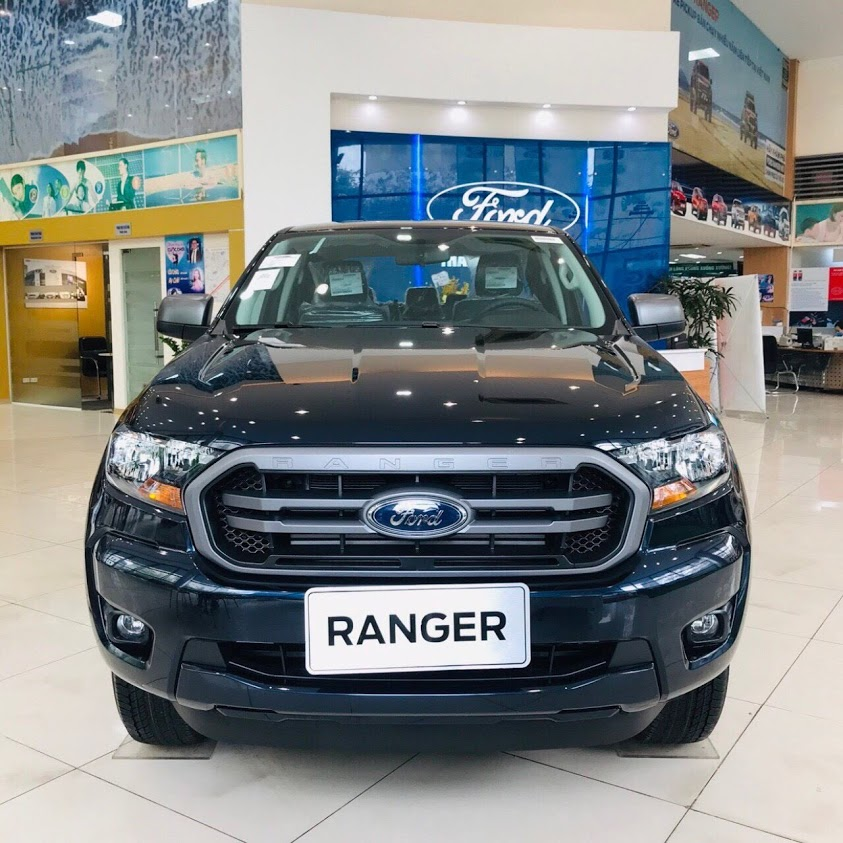 ford-ranger-limited-xanh